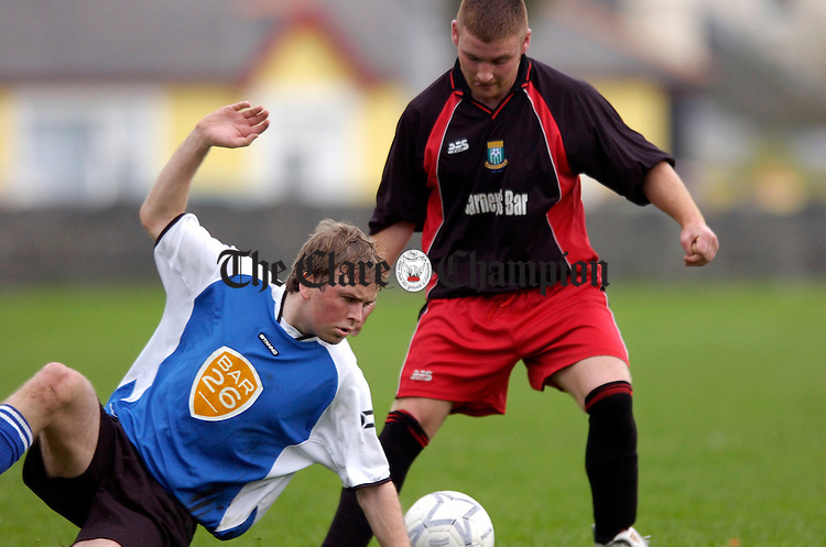 Hermitages Alan Riordan is challenged by Connollys Raymond Kennedy at Fairgreen.Pic Arthur Ellis.