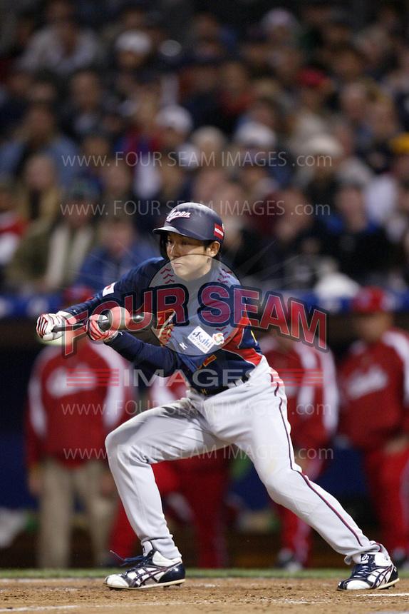 Munemori Kawasuki of Japan during World Baseball Championship at Angel Stadium in Anaheim,California on March 20, 2006. Photo by Larry Goren/Four Seam Images