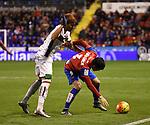 Levante UD's Tono Garcia and Granada CF's Penaranda during La Liga match. December 12, 2015. (ALTERPHOTOS/Javier Comos)