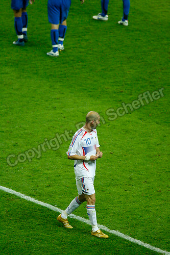 Jul 9, 2006; Berlin, GERMANY; France midfielder (10) Zinedine Zidane walks off the field to the dressing room following his red card ejection during extra time against Italy in the final of the 2006 FIFA World Cup at the Olympiastadion, Berlin. Italy defeated France 5-3 on penalty kicks following a 1-1 draw after extra time. Mandatory Credit: Ron Scheffler-US PRESSWIRE Copyright © Ron Scheffler