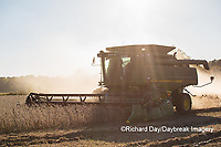 63801-07404 Soybean harvest with John Deere combine in Marion Co. IL