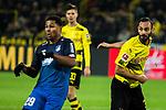 16.12.2017, Signal Iduna Park, Dortmund, GER, 1.FBL, Borussia Dortmund vs TSG 1899 Hoffenheim, <br /> <br /> im Bild | picture shows<br /> Serge Gnabry (TSG 1899 Hoffenheim #29) kommt gegen Oemer Toprak (Borussia Dortmund #36) zu sp&auml;t, <br /> <br /> Foto &copy; nordphoto / Rauch