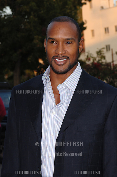 Actor HENRY SIMMONS at the 15th Annual Environmental Media Awards in Los Angeles..October 19, 2005 Los Angeles, CA..© 2005 Paul Smith / Featureflash