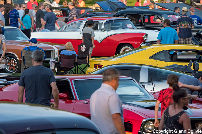 It was certainly a Hot August Night at Canatara Park with Sarnia Street Machines hosting it's 13th annual concert, dance and show car cruise night. Thousands of spectators of all ages turned out to view upwards of 700 cars and trucks.