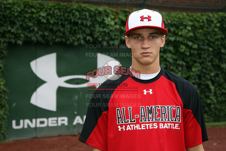 August 7, 2009:  Catcher Kellin Deglin (7) of Team One during the Under Armour All-America event at Wrigley Field in Chicago, IL.  Photo By Mike Janes/Four Seam Images