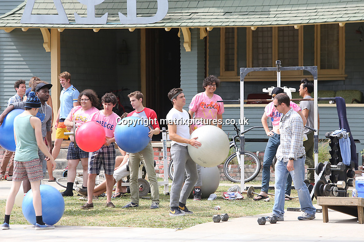 """NON EXCLUSIVE PICTURE: MATRIXPICTURES.CO.UK.PLEASE CREDIT ALL USES..UK, AUSTRALIA, NEW ZEALAND AND ASIA RIGHTS ONLY..American actor Zac Efron is spotted filming scenes for """"The Townies"""" in Los Angeles...MAY 8th 2013..REF: KDA 133064..LULAX"""