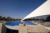 Vereinigte arabische Emirate (VAE, UAE), Dubai, Gebäude des Dubai Creek Golf und Yacht Club