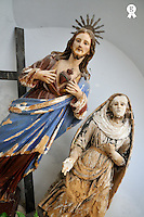 Jesus Christ and Saint statues in church of San Vincenzo (Licence this image exclusively with Getty: http://www.gettyimages.com/detail/sb10069714n-001 )