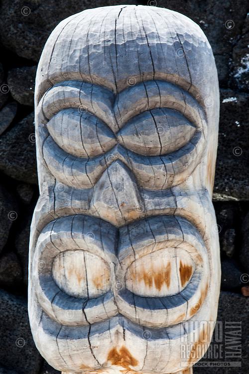Close-up of a guardian statue or ki'i in Pu'uhonua o Honaunau National Historical Park (City of Refuge), Big Island.