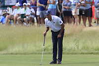 Matt Kuchar (USA) lines up his putt on the 6th green during Friday's Round 2 of the 117th U.S. Open Championship 2017 held at Erin Hills, Erin, Wisconsin, USA. 16th June 2017.<br /> Picture: Eoin Clarke | Golffile<br /> <br /> <br /> All photos usage must carry mandatory copyright credit (&copy; Golffile | Eoin Clarke)
