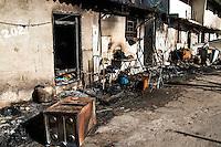 SÃO PAULO,SP,24 AGOSTO 2012 -Rescaldo do incendio que atingiu uma favela nos baixos do viaduto Pacheco Chaves na tarde de ontem (23) na Vila Prudente.FOTO ALE VIANNA/BRAZIL PHOTO PRESS.