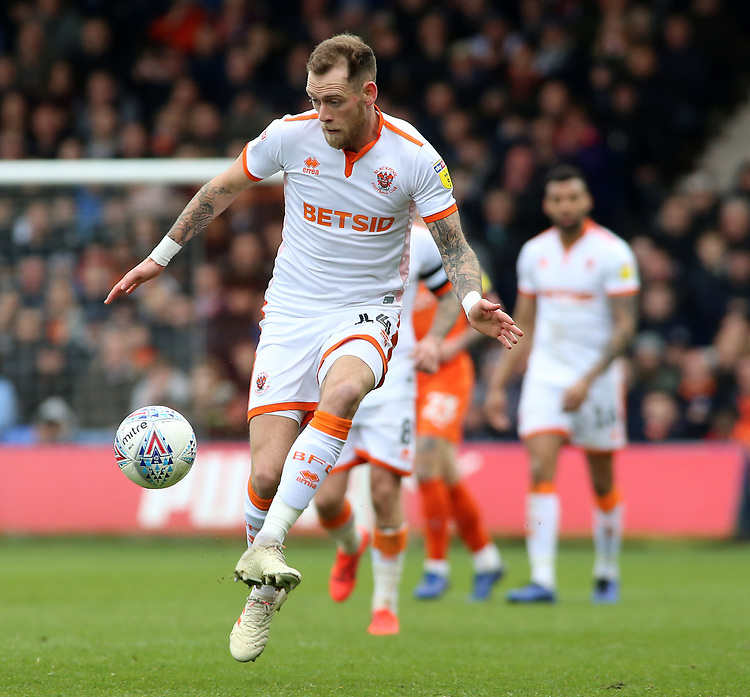 Blackpool's Harry Pritchard in action<br /> <br /> Photographer David Shipman/CameraSport<br /> <br /> The EFL Sky Bet League One - Luton Town v Blackpool - Saturday 6th April 2019 - Kenilworth Road - Luton<br /> <br /> World Copyright © 2019 CameraSport. All rights reserved. 43 Linden Ave. Countesthorpe. Leicester. England. LE8 5PG - Tel: +44 (0) 116 277 4147 - admin@camerasport.com - www.camerasport.com