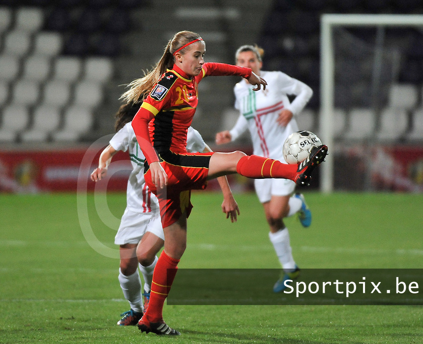 20131031 - ANTWERPEN , BELGIUM : Belgian Julie Biesmans pictured during the female soccer match between Belgium and Portugal , on the fourth matchday in group 5 of the UEFA qualifying round to the FIFA Women World Cup in Canada 2015 at Het Kiel stadium , Antwerp . Thursday 31st October 2013. PHOTO DAVID CATRY