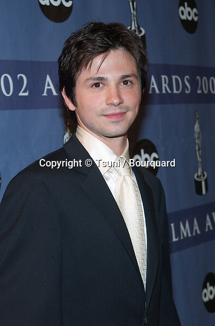Freddie Rodriguez backstage at the The Alma Awards -American Latino Media Awards-2002  at the Shrine Auditorium in Los Angeles. May 18, 2002.           -            Rodriguezfreddie60.jpg