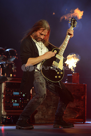 MIAMI FL - JULY 02: Sergio Vallin of Mana performs at The AmericanAirlines Arena on July 2, 2015 in Miami, Florida. Credit: mpi04/MediaPunch