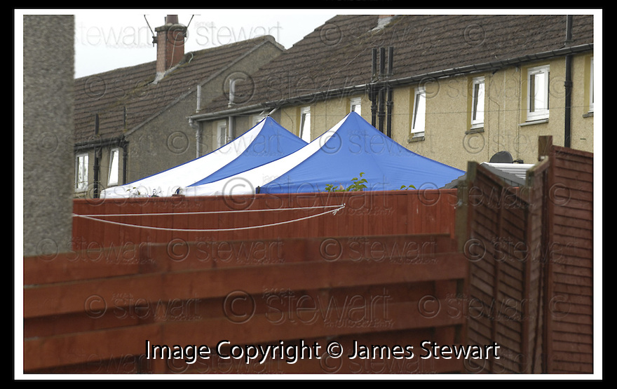 04/06/2007       Copyright Pic: James Stewart.File Name : sct_jspa34_tobin_house_0406.POLICE ERECT TWO TENTS IN THE GARDEN OF THE FORMER HOUSE OF PETER TOBIN IN ROBERTSON AVENUE, BATHGATE.......James Stewart Photo Agency 19 Carronlea Drive, Falkirk. FK2 8DN      Vat Reg No. 607 6932 25.Office     : +44 (0)1324 570906     .Mobile   : +44 (0)7721 416997.Fax         : +44 (0)1324 570906.E-mail  :  jim@jspa.co.uk.If you require further information then contact Jim Stewart on any of the numbers above.........
