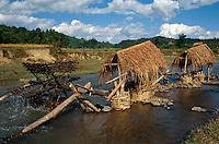 Wassermühle der Thai-Minderheit in der Son La-Provinz, Vietnam