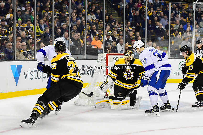 March 29, 2018: Boston Bruins goaltender Tuukka Rask (40) makes a save during the NHL game between the Tampa Bay Lightning and the Boston Bruins held at TD Garden, in Boston, Mass. Boston defeats Tampa Bay 4-2. Eric Canha/CSM