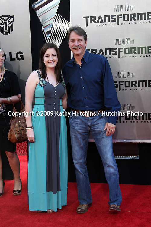 """Jeff Foxworthy & Wife arriving at the """"Transformers: Revenge of the Fallen"""" Premiere at the Mann's Village Theater in Westwood, CA  on June 22, 2009.  .©2009 Kathy Hutchins / Hutchins Photo"""