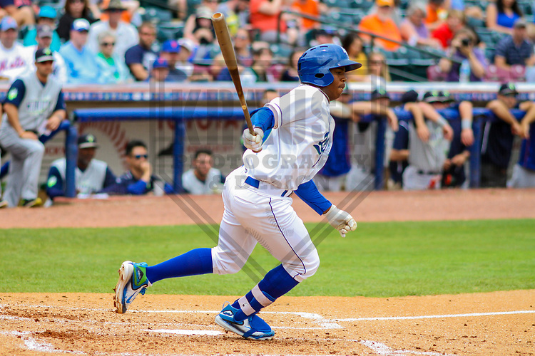 Lexington Legends outfielder Khalil Lee (9) during a South Atlantic League game against the Columbia Fireflies on May 28, 2017 at Whitaker Bank Ballpark in Lexington, Kentucky.  Columbia defeated Lexington 3-0. (Brad Krause/Krause Sports Photography)