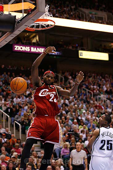 Utah Jazz vs. Cleveland Cavaliers. LeBron James scores 51 points.<br />