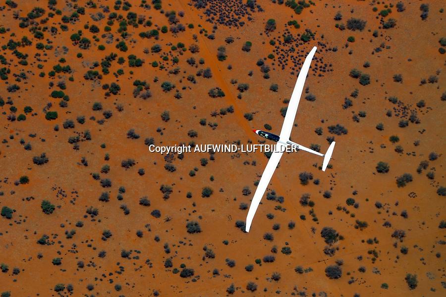 Arcus über der KalaharieAFRIKA, NAMIBIA: Arcus über der Kalaharie