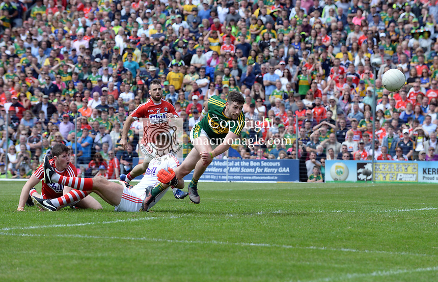 2-7-2017: Paul Geaney scores a goal past Cork keeoper Ken O'Halloran at the Kerry V Cork Munster Football final in Killarney on Sunday.<br /> Photo: Don MacMonagle