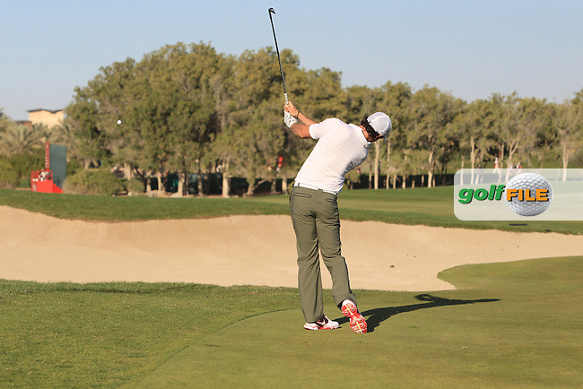 Rory McIlroy (NIR) plays his 2nd shot on the 17th hole during Friday's Round 2 of the Abu Dhabi HSBC Golf Championship at Abu Dhabi Golf Club, 18th January 2013 (Photo Eoin Clarke/www.golffile.ie)