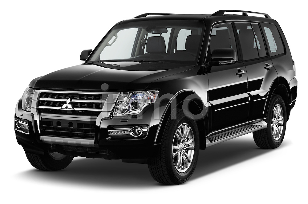 2016 Mitsubishi Pajero Instyle 5 Door Suv Angular Front stock photos of front three quarter view