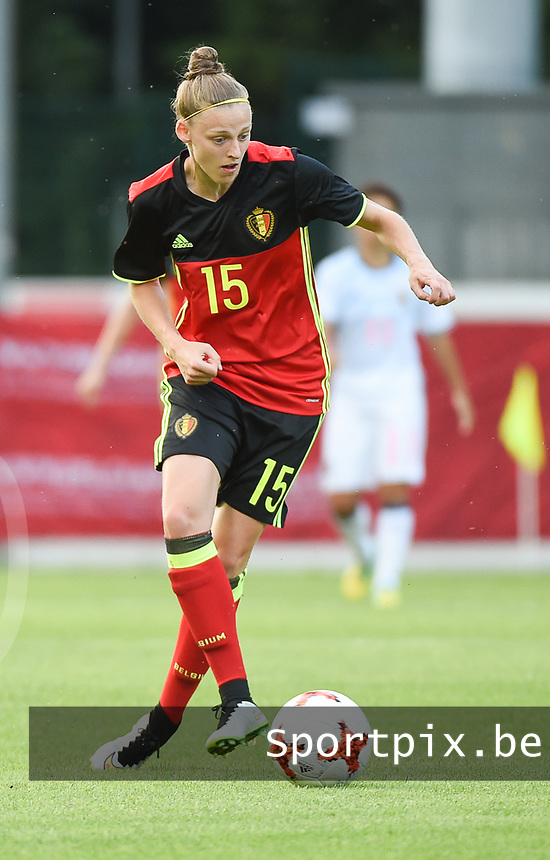 20170613 - LEUVEN ,  BELGIUM : Belgian Yana Daniels pictured during the female soccer game between the Belgian Red Flames and Japan , a friendly game before the European Championship in The Netherlands 2017  , Tuesday 13 th Juin 2017 at Stadion Den Dreef  in Leuven , Belgium. PHOTO SPORTPIX.BE | DIRK VUYLSTEKE
