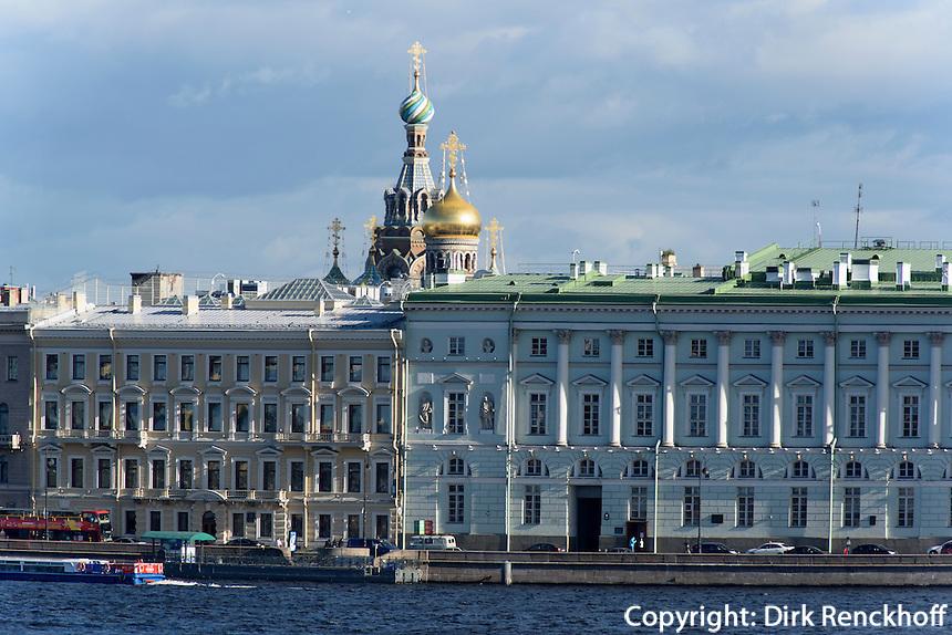 Bluterlöserkirche und Neva-Ufer, St. Petersburg, Russland, UNESCO-Weltkulturerbe