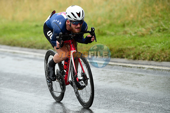 Quinn Simmons of USA out front during the Men's Junior Road Race of the UCI World Championships 2019 running 148km from Richmond to Harrogate, England. 26th September 2019.<br /> Picture: Alex Broadway/SWpix.com | Cyclefile<br /> <br /> All photos usage must carry mandatory copyright credit (© Cyclefile | Alex Broadway/SWpix.com)