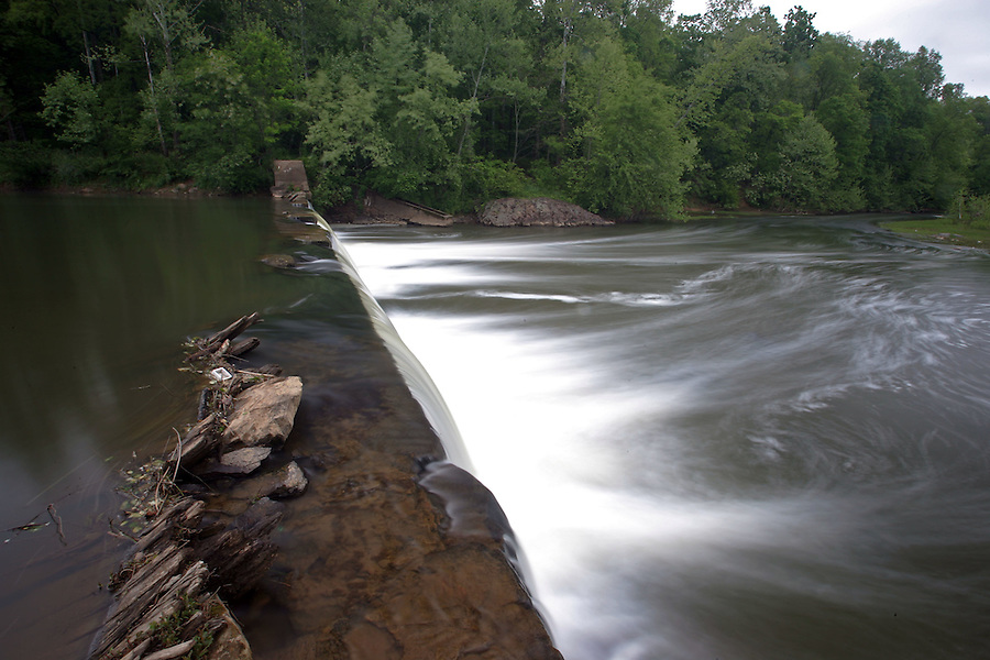 The Rivanna River near woolen mills in Charlottesville, VA.  Credit Image: © Andrew Shurtleff
