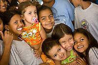 Betim_MG, Brasil...Apresentacao do Grupo Armatrux no CAIC do Bairro Imbirucu em Betim. Na foto criancas assistindo uma apresentacao...The presentation of Armatrux group in the CAIC, Imbirucu neighborhood in Betim. In this photo, the children are watching a presentation...Foto: JOAO MARCOS ROSA /  NITRO