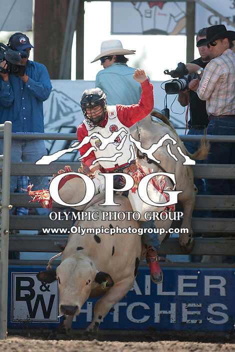 28 Aug 2011:  Bobby Welsh scored a 89 in the Seminole Hard Rock Extreme Bulls competition held at the Kitsap County Fair and Stampede Rodeo in Bremerton, Washington.