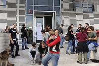 Roma, 4 Novembre 2011.Gli occupanti sgomberati dall' ex deposito Atac  San Paolo e i movimenti per il diritto all'abitare protestano davanti l'assessorato alle politiche abitative e promuovono la manifestazione di sabato 5 Novembre a Garbatella.