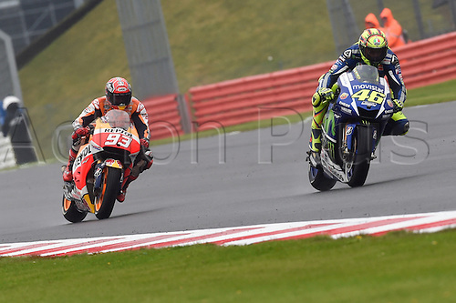 30.08.2015. Silverstone, Northants, UK. OCTO British Grand Prix.  Valentino Rossi (Movistar Yamaha) during the race on his way to winning in wet conditions.