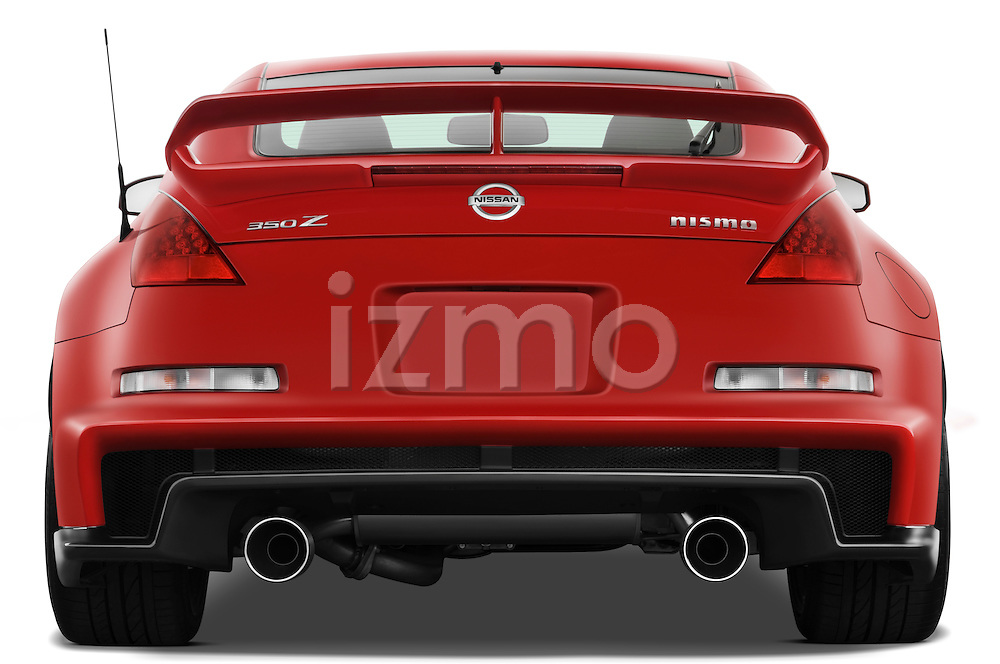 Straight rear view of a 2008 Nissan 350z Coupe Nismo