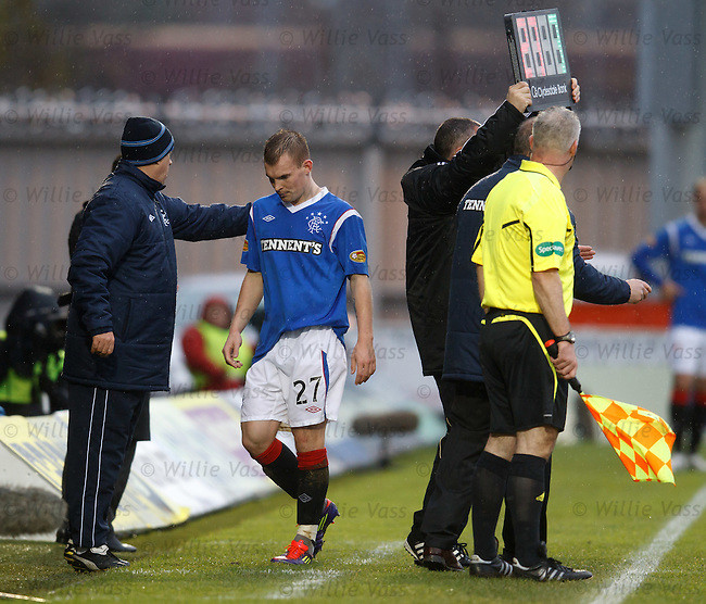 Gregg Wylde pulled off to make a tactical substitution after Lee McCulloch's red card