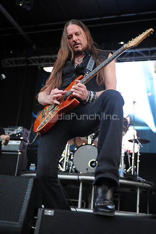 WESTON, FL - APRIL 03: Reb Beach of Winger performs at Rockfest 80s held at Markham Park on April 3, 2016 in Weston, Florida. Credit: mpi04/MediaPunch