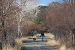 Tam and Ella, Lake Estes Trail, fall, November, morning, Lake Estes, Estes Park, Colorado, Rocky Mountains, USA