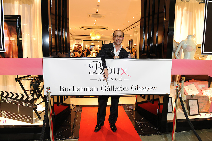 Crowds gathered to watch Dragon's Den Star and retail boss Theo Paphitis opened his Boux Avenue store in Glasgow's Buchanan Galleries......