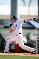 February 20, 2009:  Third baseman John Lorenz (6) of the University of Michigan during the Big East-Big Ten Challenge at Jack Russell Stadium in Clearwater, FL.  Photo by:  Mike Janes/Four Seam Images