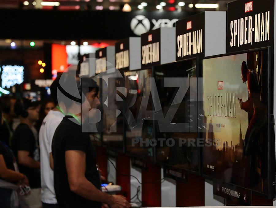 SÃO PAULO, SP, 10.10.2018 - GAME-SHOW - Movimentação de frequentadores na Brasil Game Show, evento de video games, que acontece entre os dias 10 e 14 de outubro no Expo Center Norte em São Paulo, nesta quarta-feira, 10. (Foto: Paulo Guereta/Brazil Photo Press)