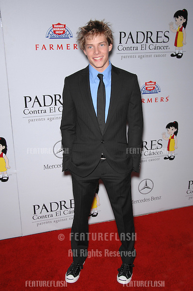 """Weeds"" star Hunter Parrish at a fund-raising gala to benefit Padres Contra El Cåncer (parents against cancer) at The Lot, Hollywood..October 19, 2007  Los Angeles, CA.Picture: Paul Smith / Featureflash"
