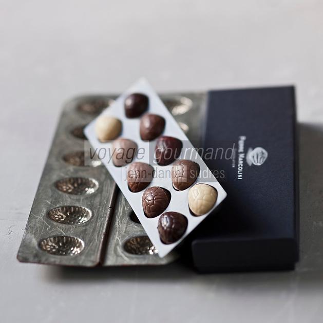 Gastronomie générale/ Oeufs de Paques de Pierre Marcolini Chocolatier - Stylisme : Valérie LHOMME