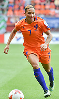 20170806 - ENSCHEDE , NETHERLANDS : Dutch Shanice van de Sanden  pictured during the female soccer game between The Netherlands and Denmark  , the final at the Women's Euro 2017 , European Championship in The Netherlands 2017 , Sunday 6th of August 2017 at Grolsch Veste Stadion FC Twente in Enschede , The Netherlands PHOTO SPORTPIX.BE | DIRK VUYLSTEKE