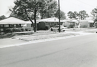 1998 February ..Conservation.Campostella Heights..Campostella Heights Study.Fair Structures..1004-1008 Campostella Road  looking South...NEG#.NRHA#.02/98  SPECIAL: Camp.1 2:1 10.