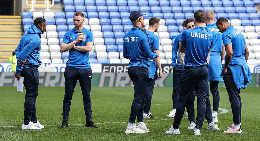 Preston North End's Daniel Johnson (left) chats with team mate Louis Moult (2nd left) as the team relax before the match<br /> <br /> Photographer Andrew Kearns/CameraSport<br /> <br /> The EFL Sky Bet Championship - Reading v Preston North End - Saturday 30th March 2019 - Madejski Stadium - Reading<br /> <br /> World Copyright © 2019 CameraSport. All rights reserved. 43 Linden Ave. Countesthorpe. Leicester. England. LE8 5PG - Tel: +44 (0) 116 277 4147 - admin@camerasport.com - www.camerasport.com