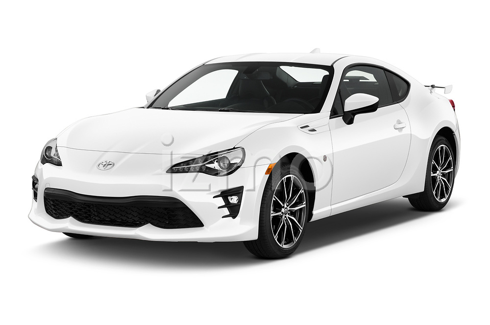 2018 Toyota 86 GT 2 Door Coupe Angular Front automotive stock photos of front three quarter view